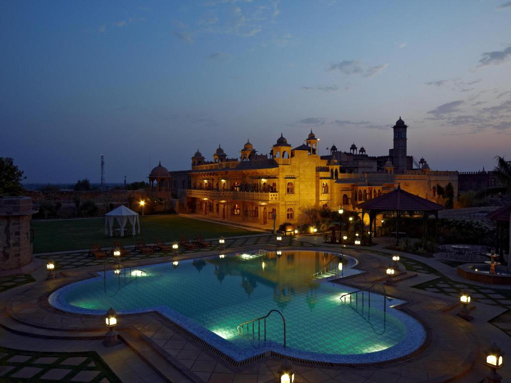 Welcomhotel khimsar fort dunes in india room deals - Laredo civic center swimming pool ...