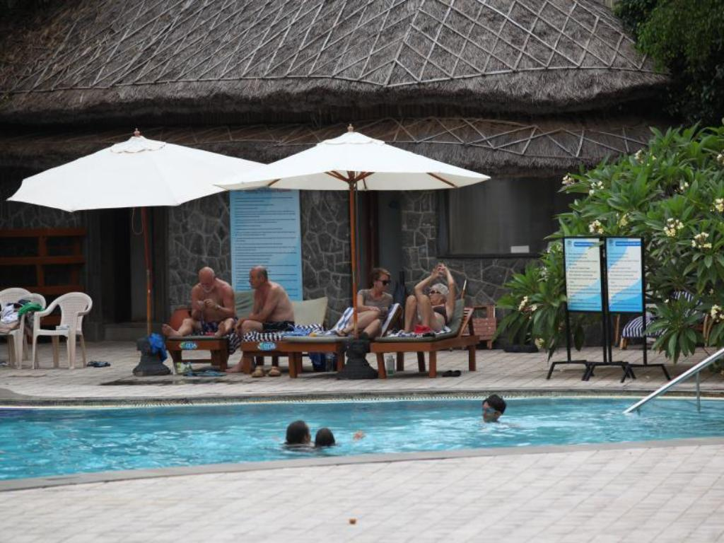 Swimming pool [outdoor] Uday Samudra Leisure Beach Hotel