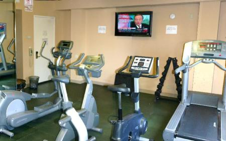 Fitness center Hollywood Hotel - The Hotel of Hollywood Near Universal Studios