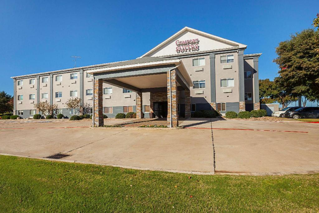 More about Comfort Suites Lewisville