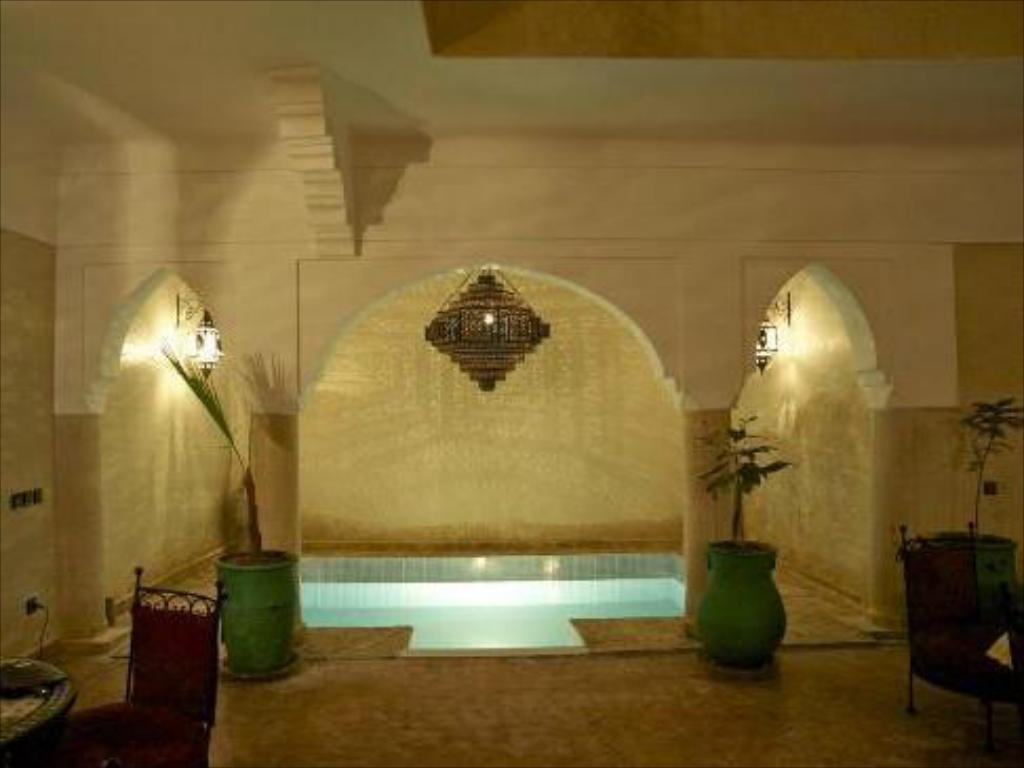 Swimming pool Riad Imilchil