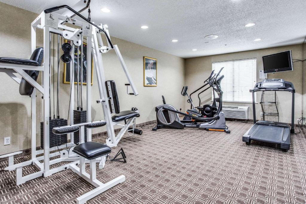 Fitness center Comfort Inn and Suites Love Field-Dallas Market Center
