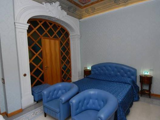 Cameră dublă (Double Room)