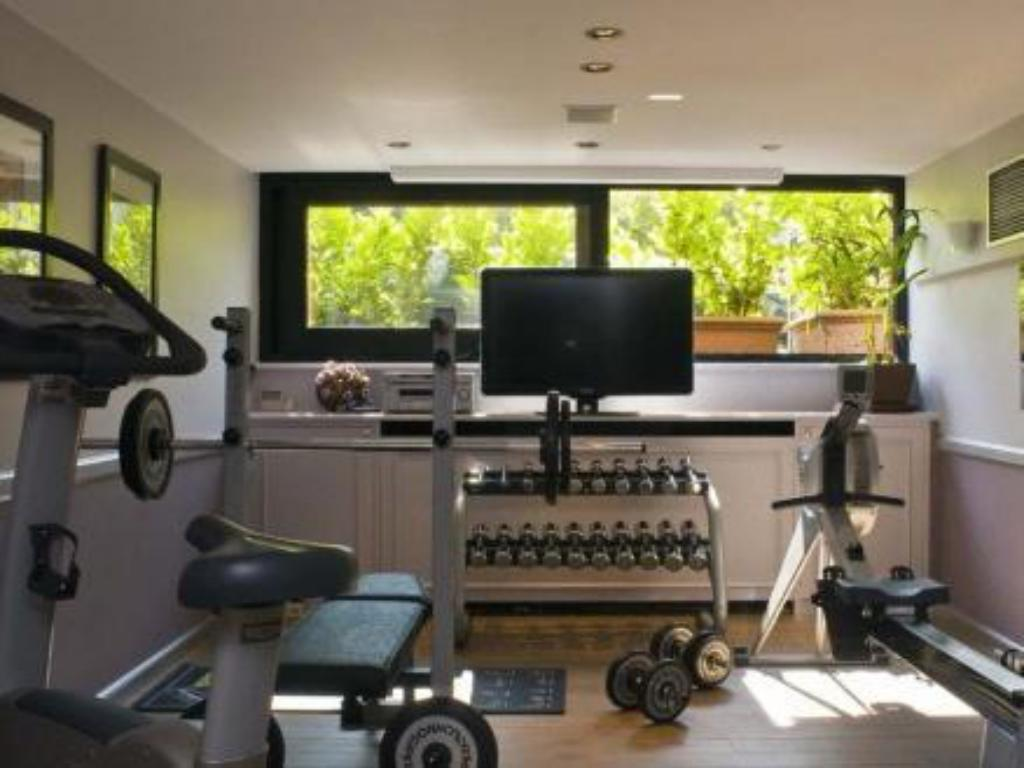 Fitness center Hotel Barsey by Warwick