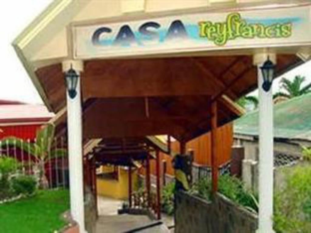 More about Casa Rey Francis Pension House