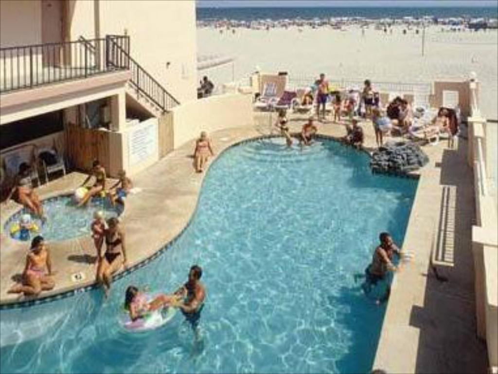 Piscina Beau Rivage Beach Resort