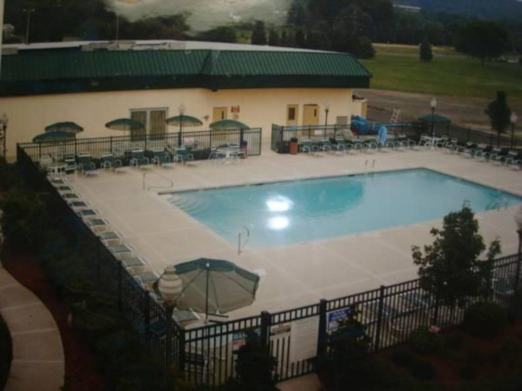 Swimmingpool Days Inn Conference Center - Bridgewater