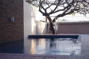Golden Sea Pool Villa Hua Hin