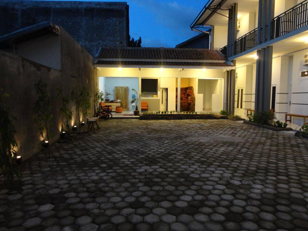 Pendowo Huis Guest House Standard 2 Jl Affandi Gg Bromo No 9B Caturtunggal Depok Caturtunggal Depok Sleman Yogyakarta Indonesia
