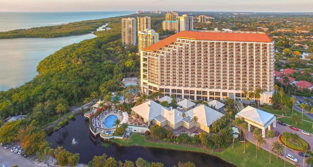 Naples Grande Beach Resort In