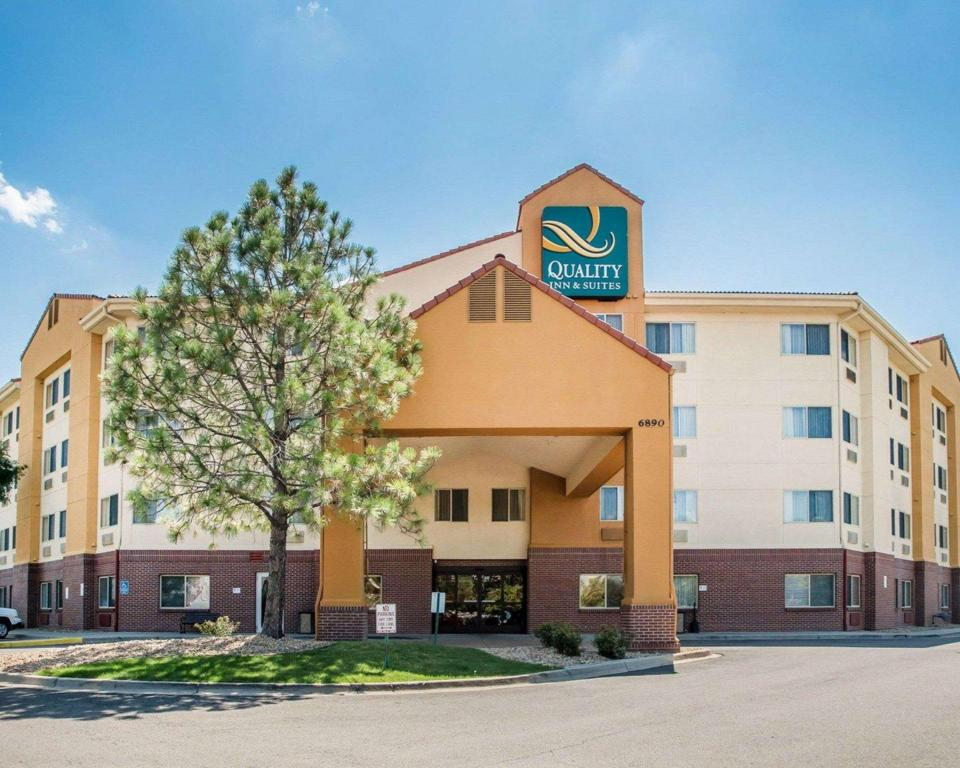 Quality Inn & Suites Denver International Airport