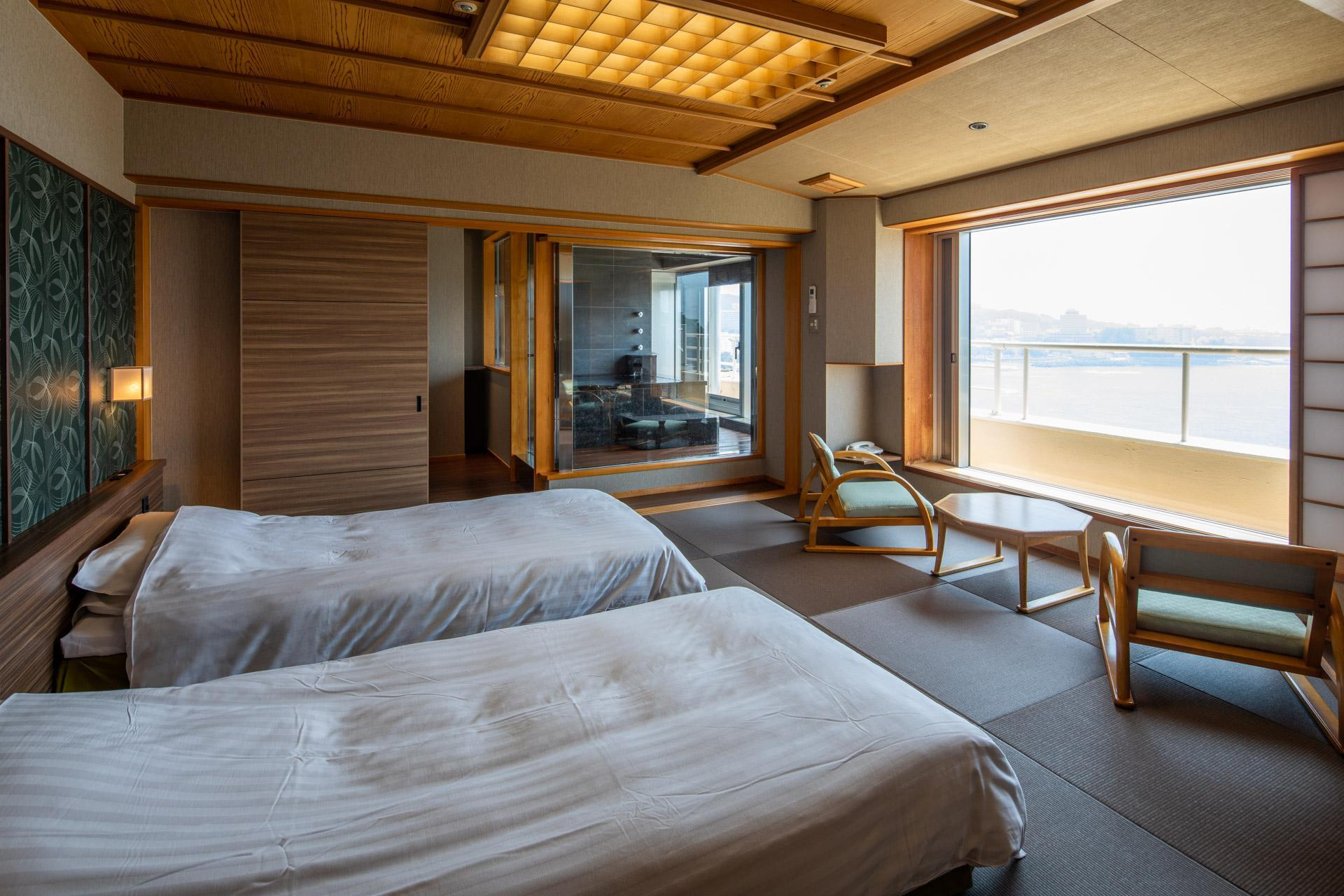 Luxury Deluxe Japanese Western Style Suite with Open-Air Bath