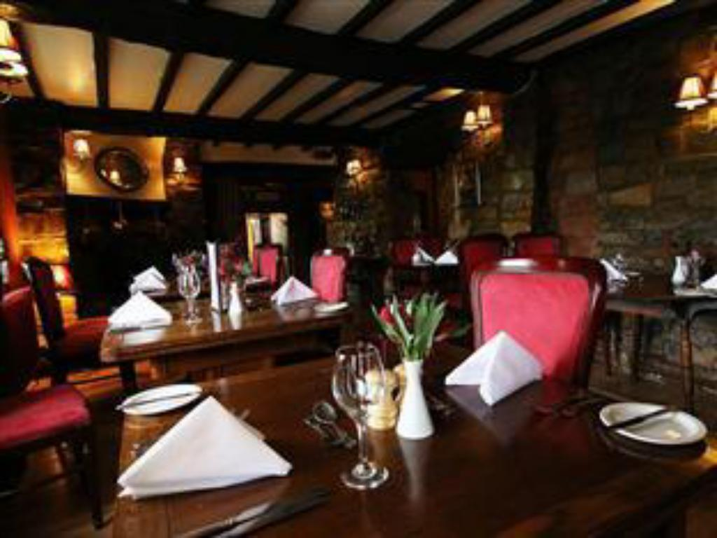 Restoran The Blue Boar Inn