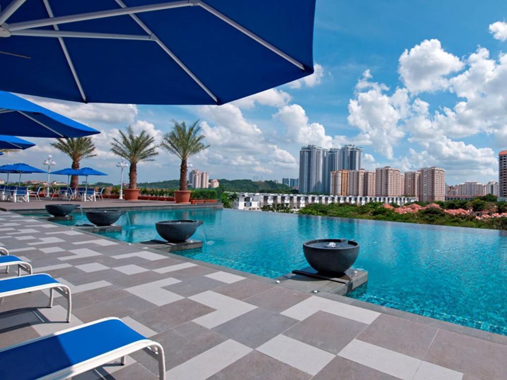 Royale chulan damansara in kuala lumpur room deals - Piccolo hotel kuala lumpur swimming pool ...