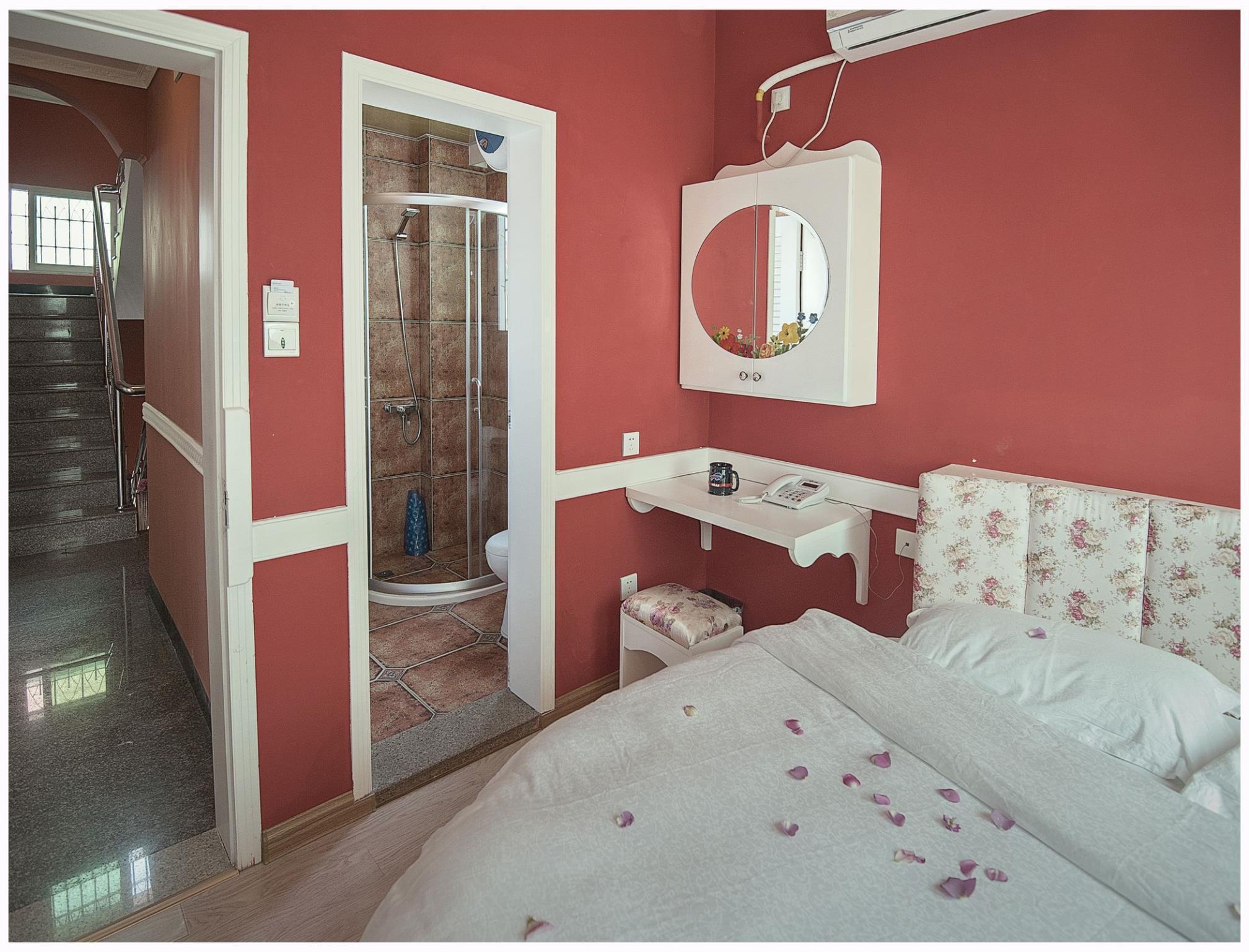 Xiamen Dora\'s House Bed & Breakfast Coast Branch in China - Room ...