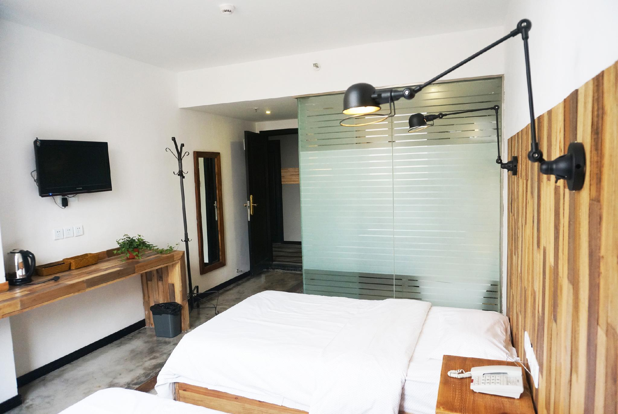 Twin Bed Room with Private Bathroom