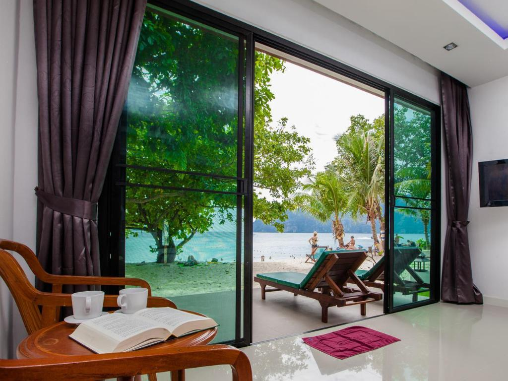 More about Paradise Resort Phi Phi