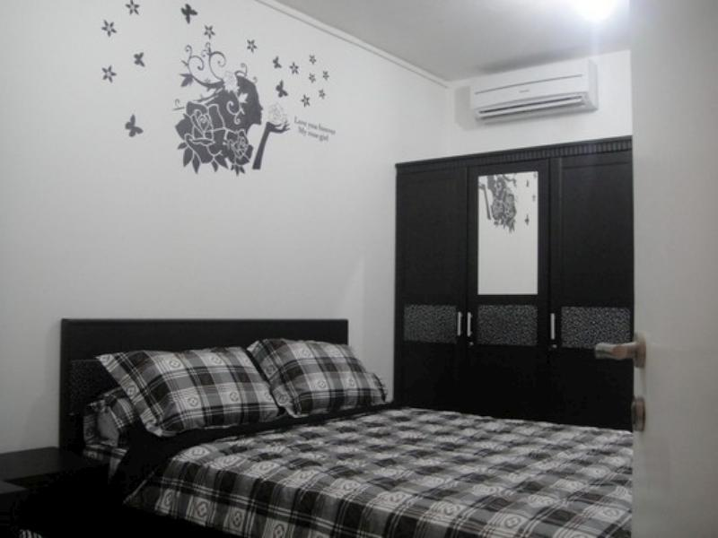 Best Price On Anna S Apartment At Green Bay Pluit In