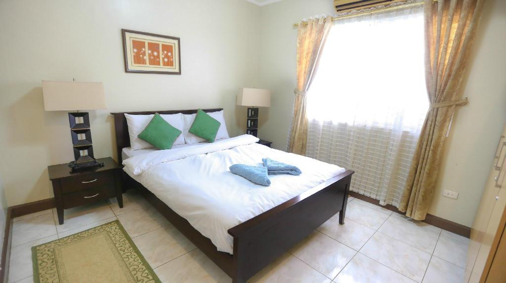 Budget Room Bearland Paradise Resort