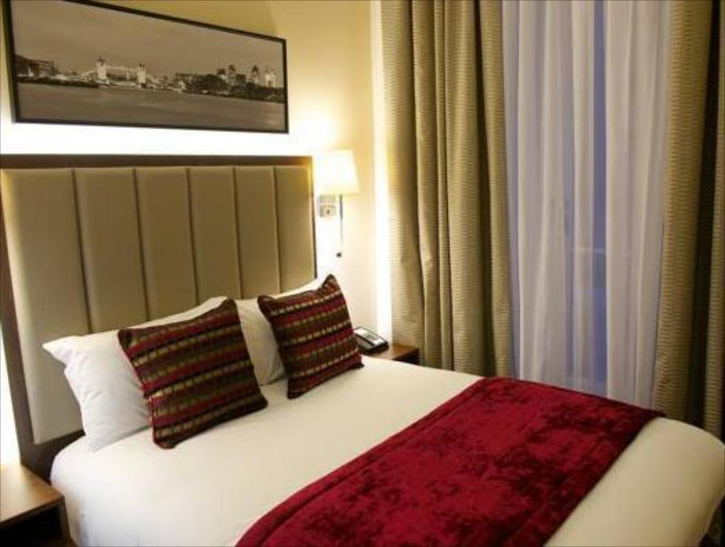 Small Double Room The Belgrave Hotel