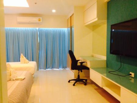 Interior view View Talay 6 Pattaya Beach Condominium by Honey