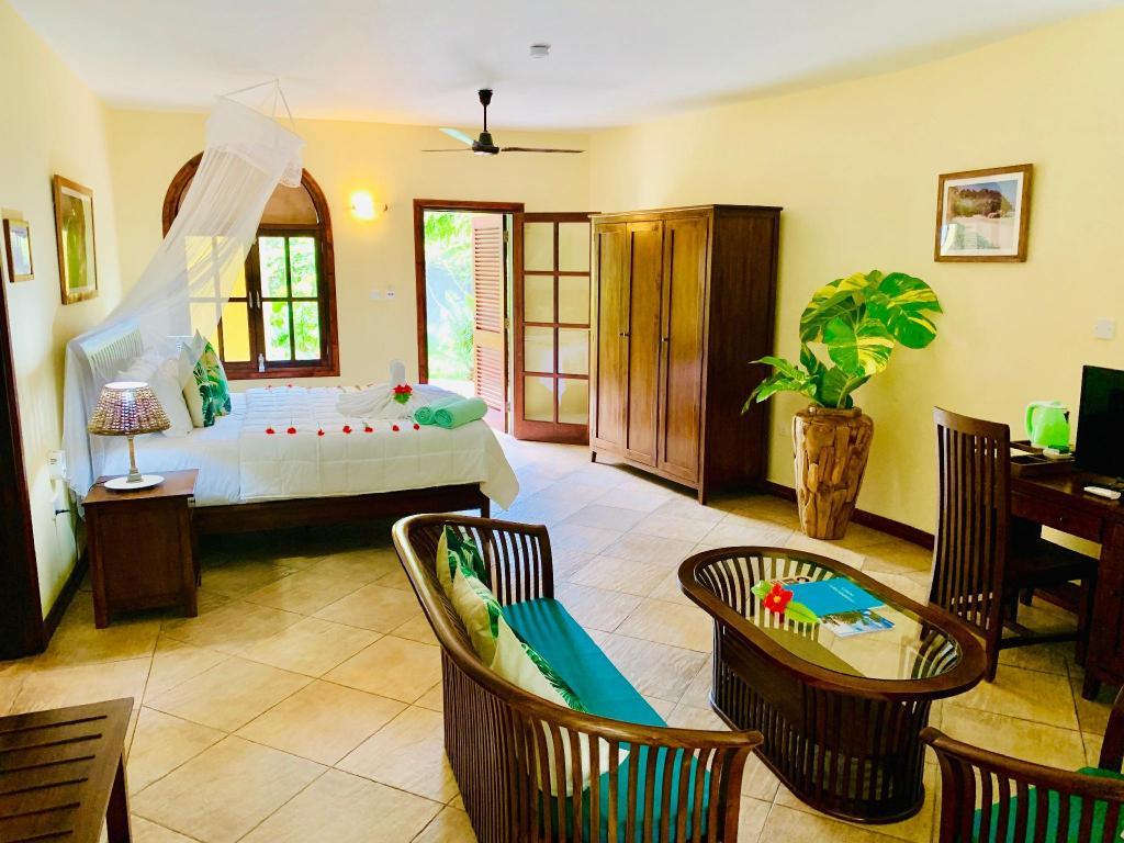 Castello Beach Hotel Resort Seychelles Islands Deals