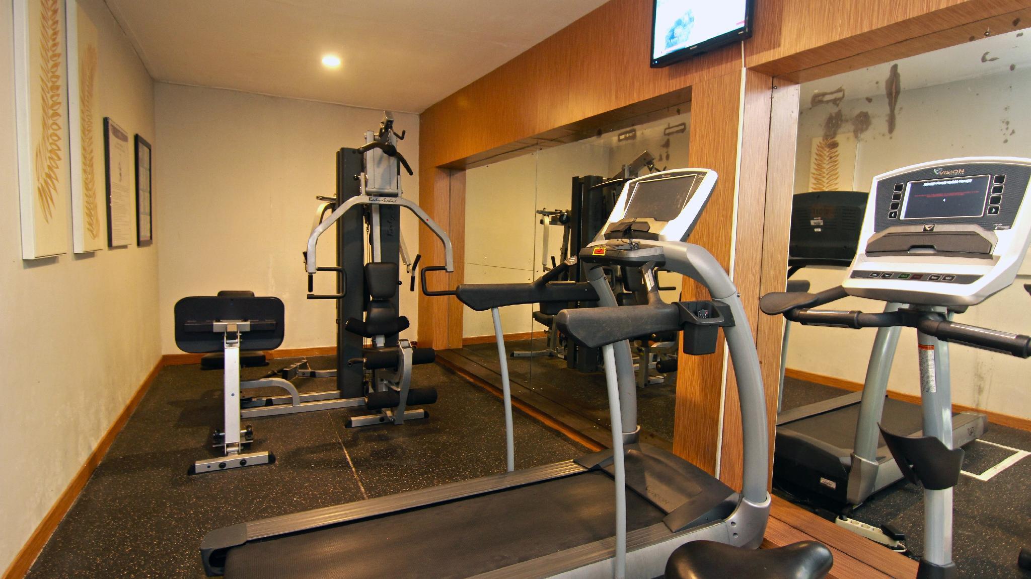 Grand tjokro yogyakarta hotel room deals reviews photos