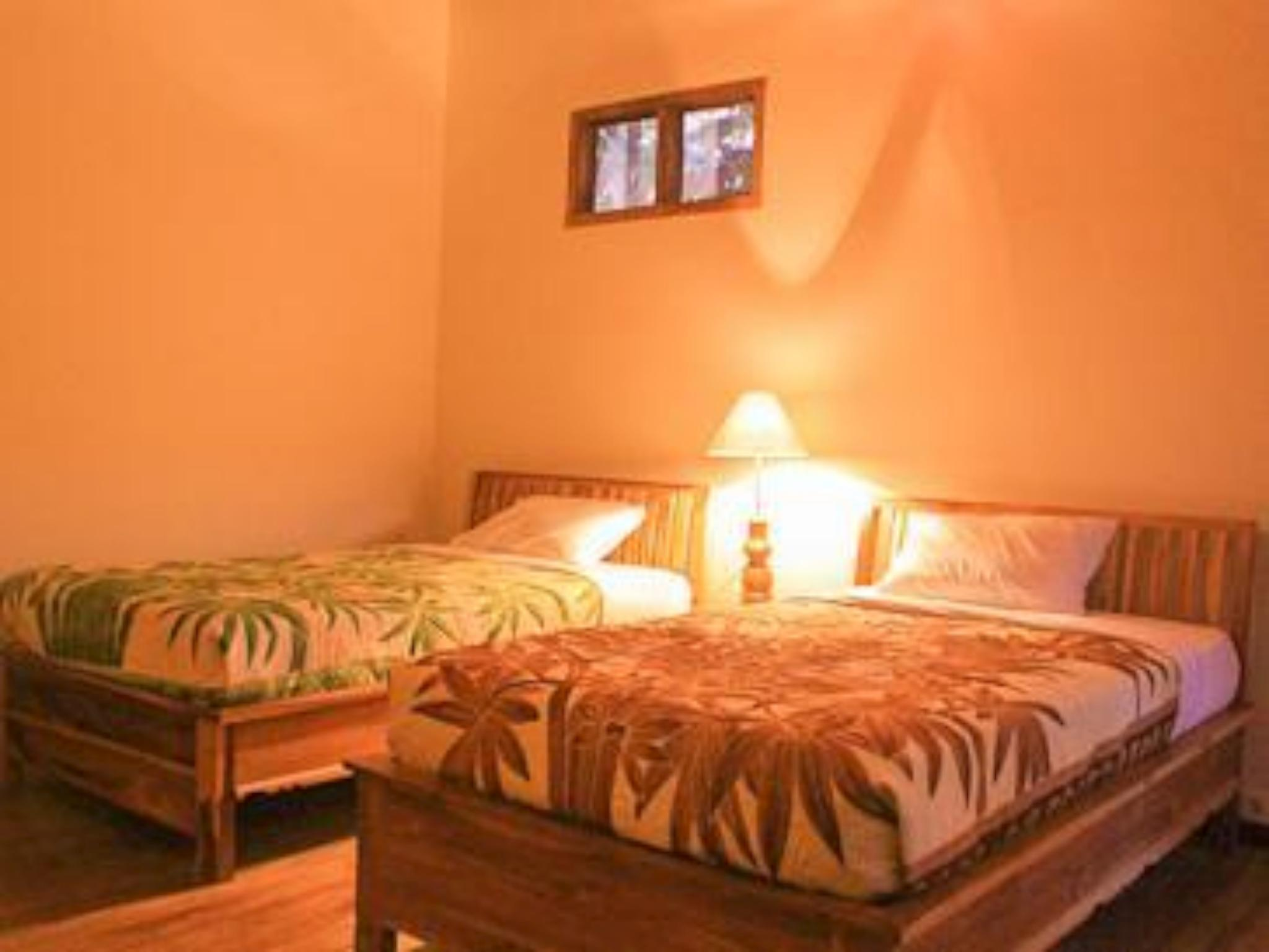 Kamar Suite Reges (Reges Suite Room)