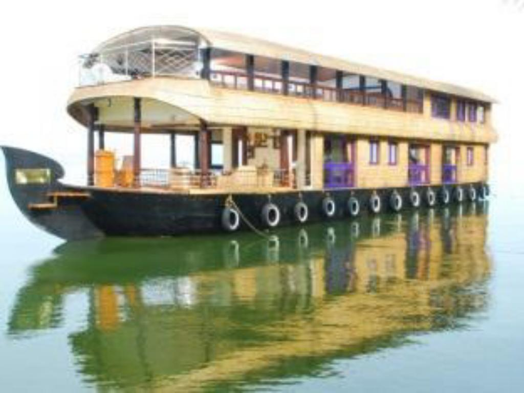 best price on pournami houseboats in alleppey reviews