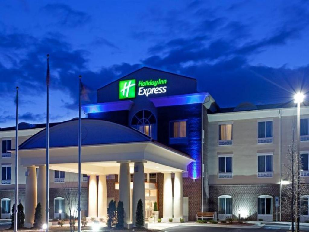 More about Holiday Inn Express Pembroke