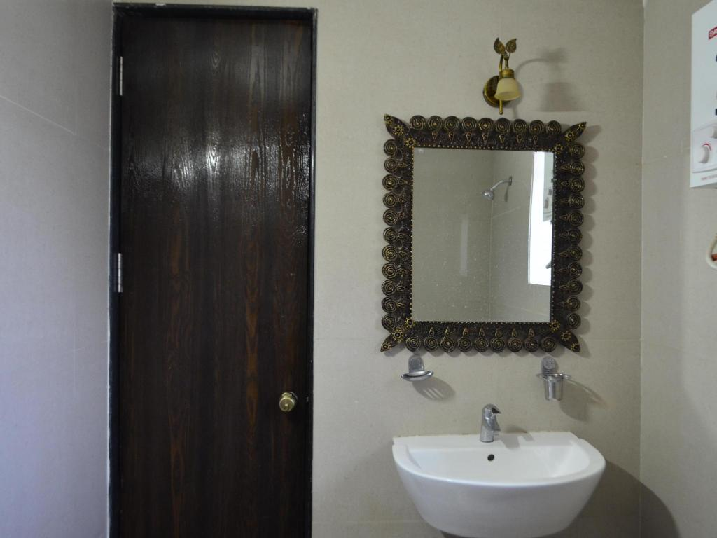 Anand Resorts Best Price On Anand Resorts In Nasik Reviews
