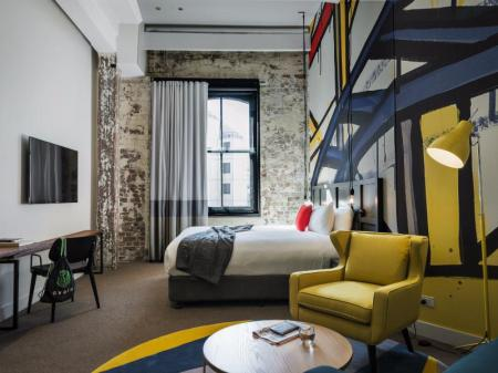 Junior Suite Ovolo 1888 Darling Harbour