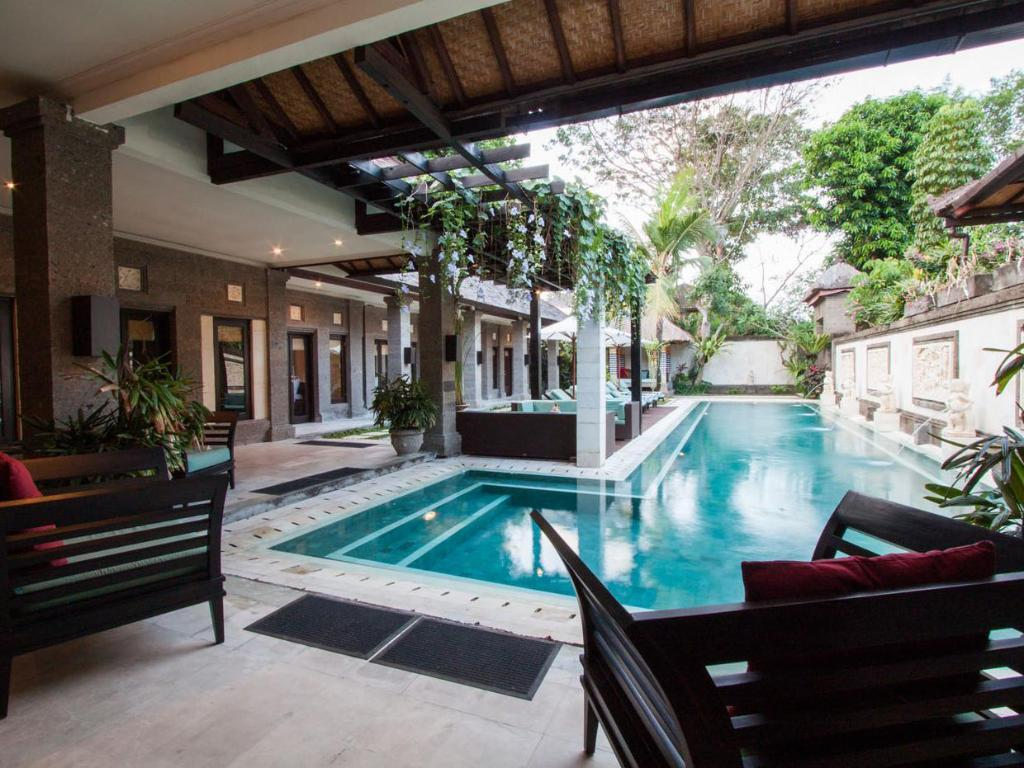 Five Bedroom Villa with Private Pool - Kolam renang Villa Dewata Seminyak