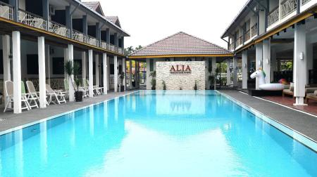 Swimming pool [outdoor] Alia Residence Business Resort