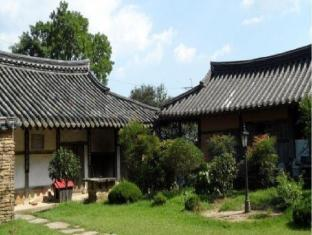 Traditional Noble Choi Old House