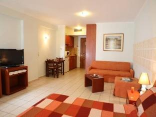 Apartmá Junior (4 dospělí) (Junior Suite (4 adults))