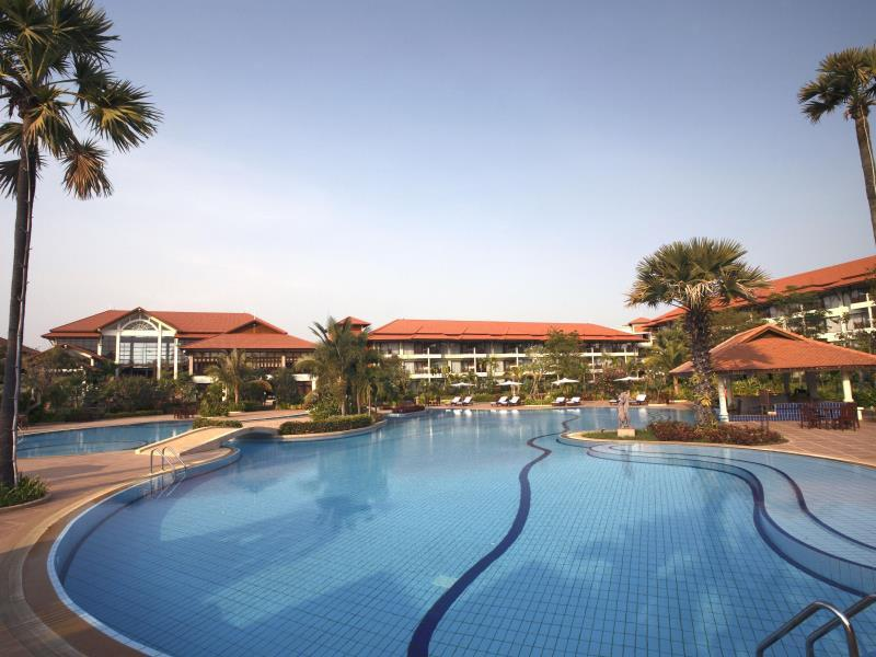 Resorts in Cambodia: description and reviews