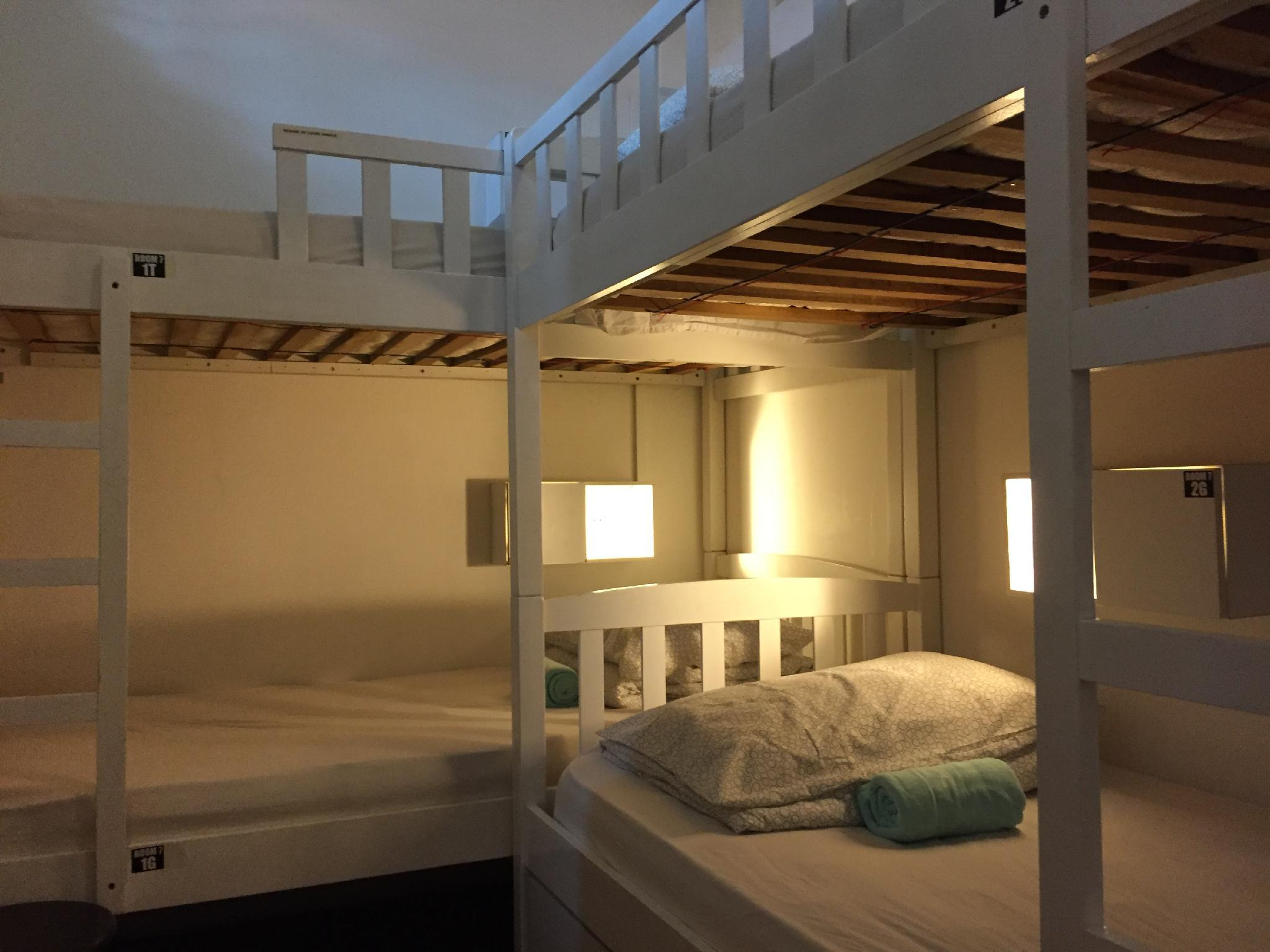 Private Room for 4 People with Bunk Bed