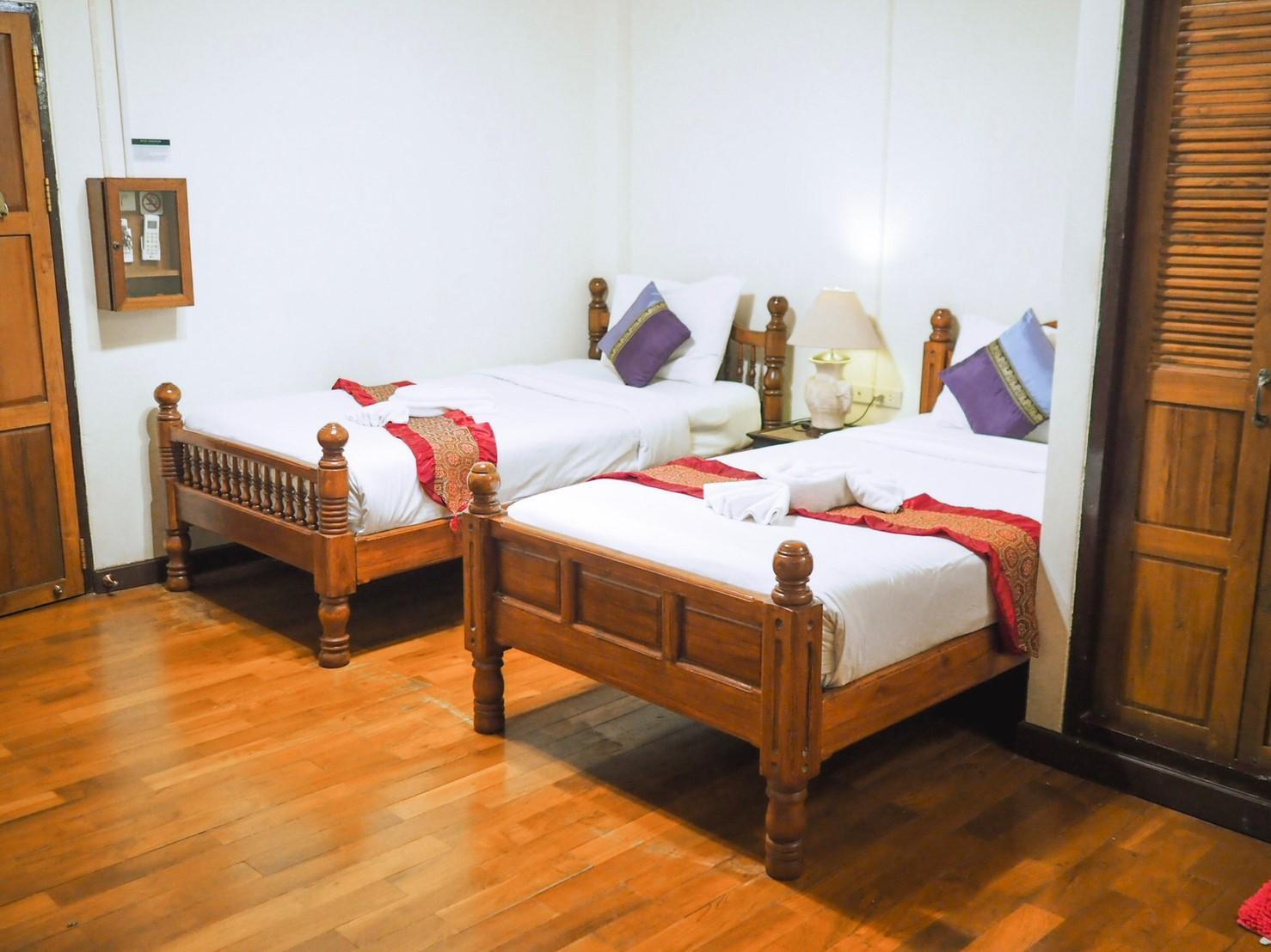 Rustic Guest House Guesthouse Bed And Breakfast Chiang Mai Deals Photos Reviews