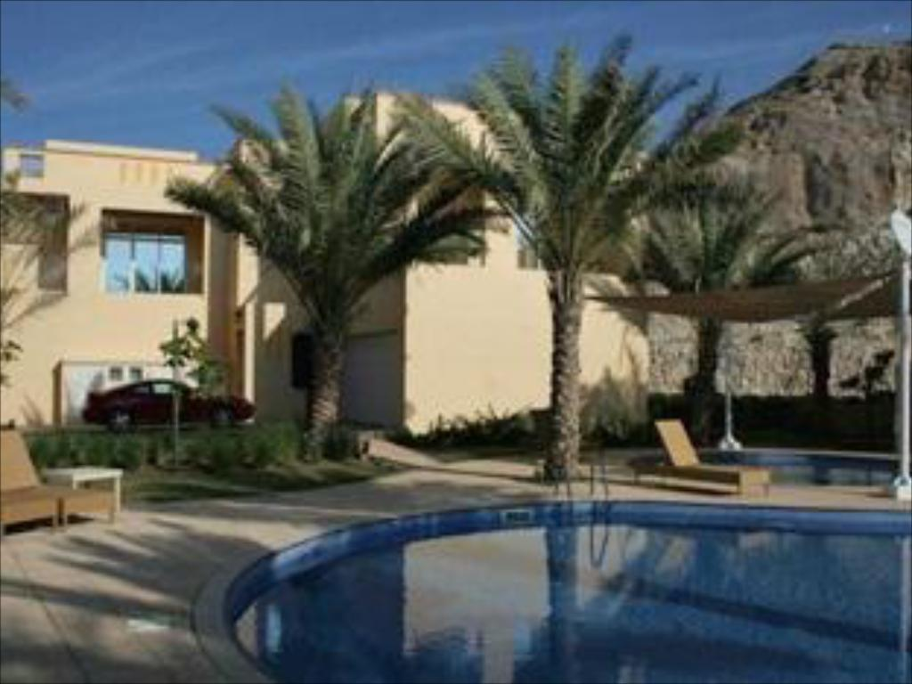 Basen Barr Al Jissah Residence - Private Vacation Rental