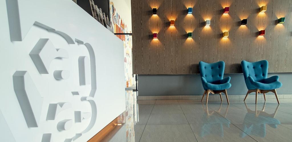Best Price On Kanvas Soho Creative Living Space At