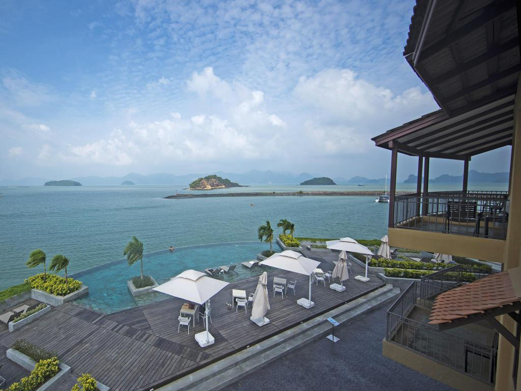 piscina al aire libre Resorts World Langkawi