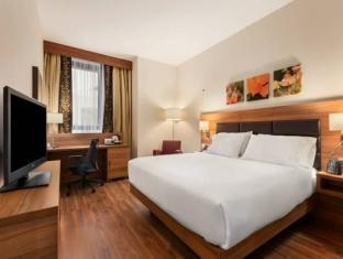 Suită cu 1 dormitor cu pat king (1 King Bed 1 Bedroom Suite)