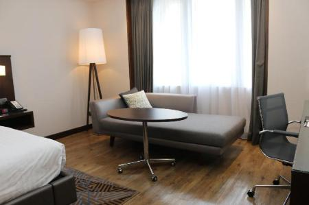 Deluxe Guest room, 1 King, 1 Queen, 1 Double or Twin/Single bed(s), 1 Sofabed Putrajaya Marriott Hotel