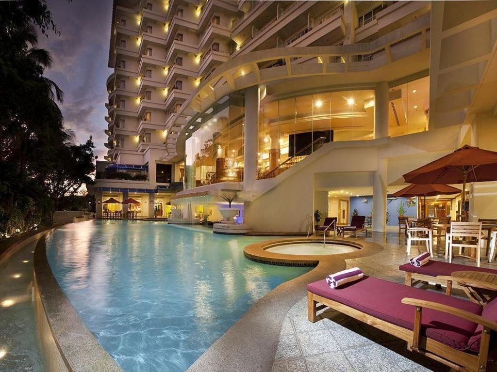 Dorsett grand labuan hotel in malaysia room deals - Swimming pool specialist malaysia ...