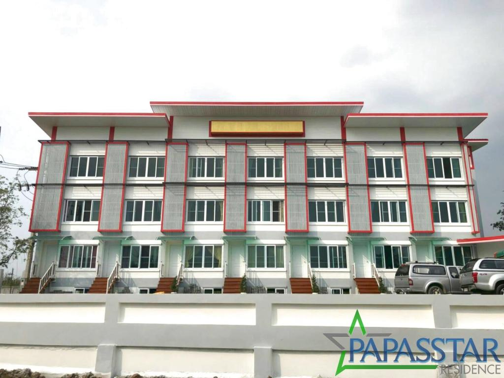 Exterior view Papasstar Residence Deluxe 2