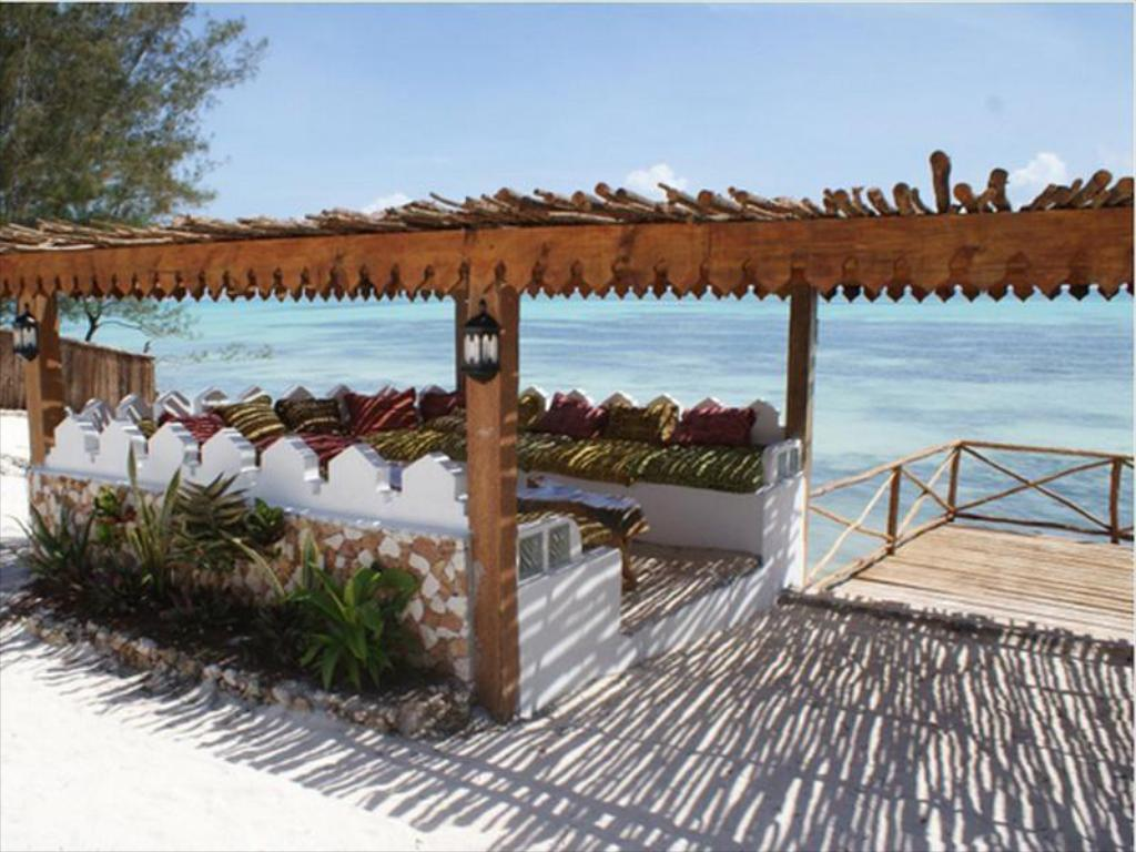 Strand Seasons Lodge Zanzibar