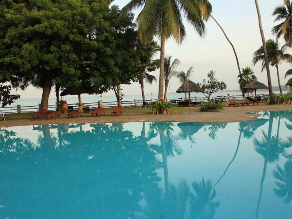 Swimming pool [outdoor] Zanzibar Beach Resort