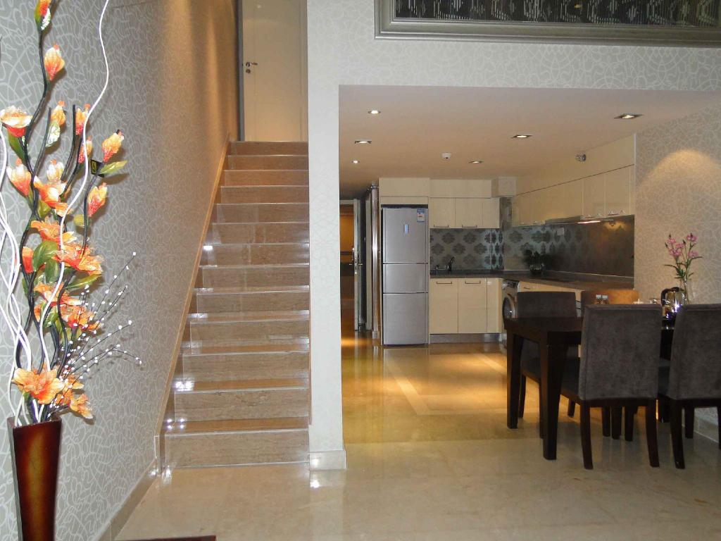 Best Price on Guangzhou Grand View Golden Palace Apartment in ...