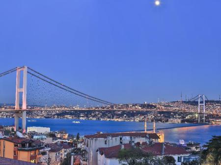 Balcony/terrace Malta Bosphorus by Molton Hotels
